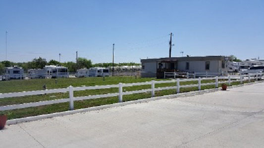 RV Campground | RV Resort in Cleburne, TX